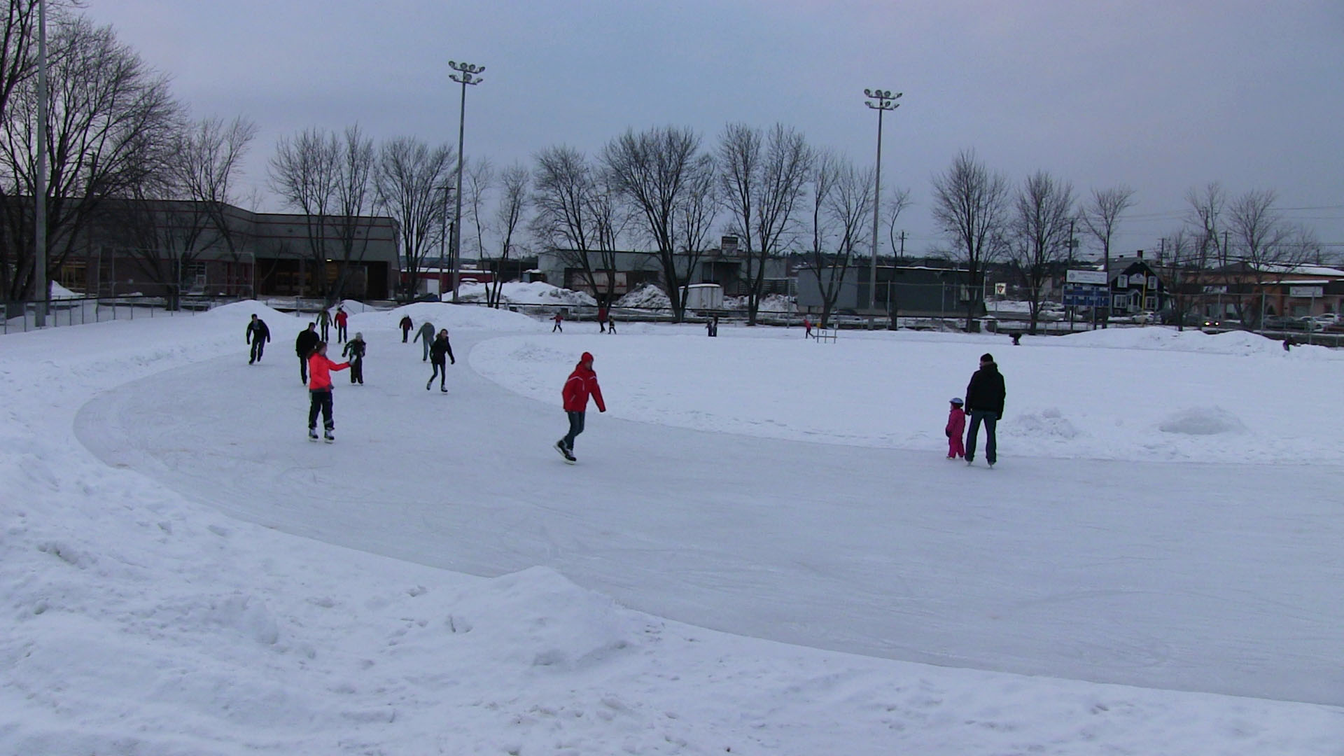 Patinage hockey et anneaux de glace ville de saint georges for Commerce exterieur canada